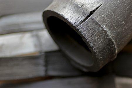 竹炭を毎日食べるのはかえって腎臓病が悪化する可能性があります。
