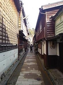 2015030611裏路地.JPG