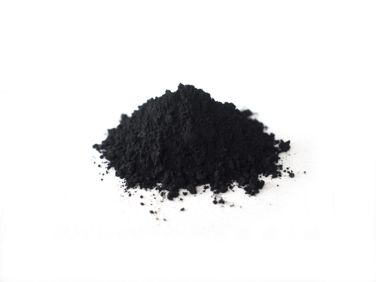 活性炭と純炭粉末はちがうの?