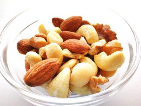 ナッツで糖尿病による心血管リスクを回避