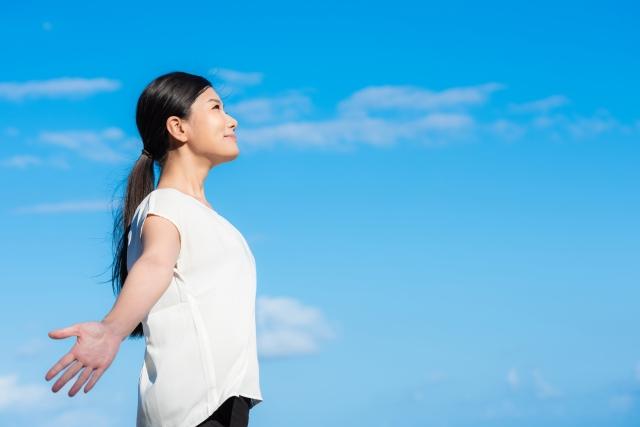 息苦しさや腰痛もサルコペニアが原因?医者が考案した腰痛がラクになる「酸素たっぷり呼吸法」【書評】(難易度:初級)