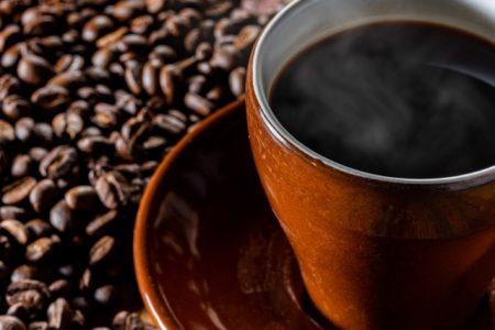 コーヒーは腎臓に良いという論文が発表されています