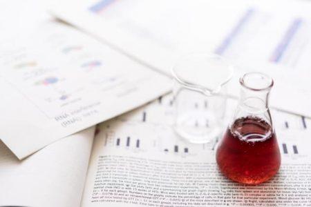 新薬の研究開発のイメージ写真